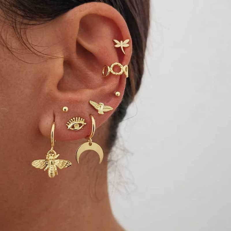 Golden Bee Star Moon Sun Eye Small Stud Earrings Set Charm Trendy Alloy Punk Earrings Women Fashion Jewelry