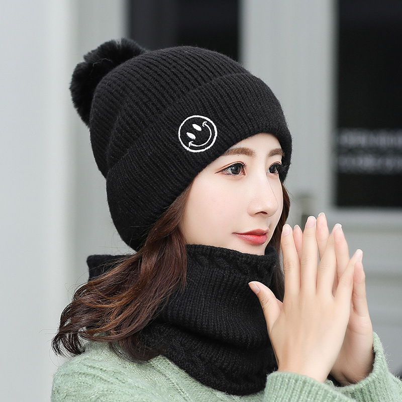 Winter Woman Knit Hat New Hairball Smile Face Hats Embroidery Bib Cap Two Sets Wool Outdoor Ski Warm