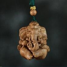 Sândalo australiano esculpido 4cm elefante deus mão pedaço de madeira maciça carro pingente buda estátua patrono santo