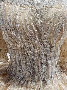 Image 4 - 2020 جديد منتفخ قصير الأكمام س الرقبة 4 طبقات تنورة شرارة الذهب الترتر فستان زفاف مصلى قطار