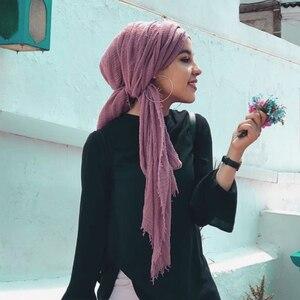 Image 5 - 女性イスラム教徒無地ソフトクリンクルスカーフラップショール綿ヒジャーブスカーフロングショールイスラムラップ女性のスカーフファッションスカーフ hijabs マフラーストール