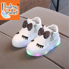 Full size Children Glowing Sneakers Kid Princess Bow for Girls LED Shoes Cute Baby Sneakers with Light Shoes Krasovki Luminous