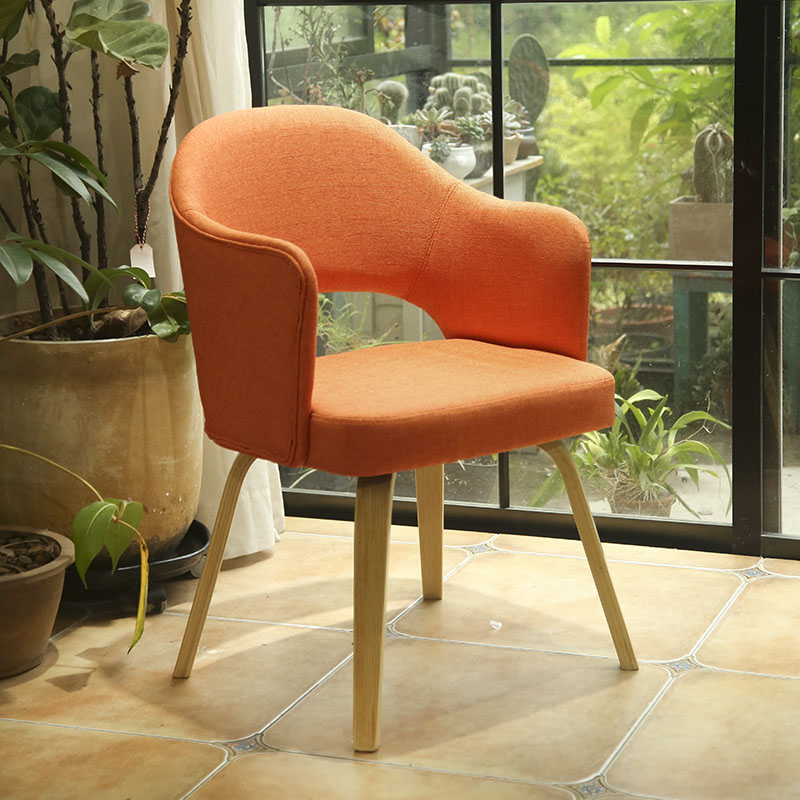 Nordic Solid Wood Dining Chair Fabric Home Armrest Back Cafe Dining Table And Chair Simple Study Chair Party Chairs