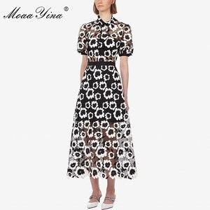 Image 2 - MoaaYina Moda Tasarımcı Pist elbise Sonbahar Kadın Elbise Balıkçı Yaka Kısa kollu Soyut Gipür dantel kesik dekolte Elbiseler