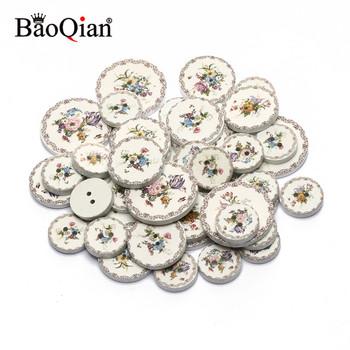 """50 sztuk 15 20 25mm kwiat biały malowane 2 otwór drewno okrągłe proszę kliknąć na przycisk """" do dekoracji odzieży Scrapbooking Diy do domu akcesoria do szycia tanie i dobre opinie BaoQian Guzik drewniany CN (pochodzenie) Drewna NONE Tak ( 50 sztuk) flatback Przyciski B07856 Malarstwo ROUND Buttons For Crafts"""