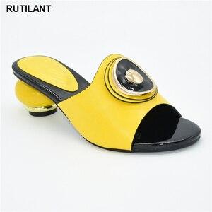 Image 2 - 결혼식을위한 새로운 이탈리아어 하이힐 가을 구두 2020 섹시한 플랫폼 펌프 여성의 이탈리아어 고품질의 아프리카의 결혼식 신발
