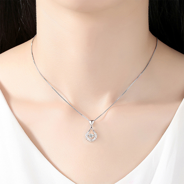 Encantadora mujer hueco de agua gota collar con colgante elegante cristal Cadena de clavícula de accesorios de moda mujer joyería