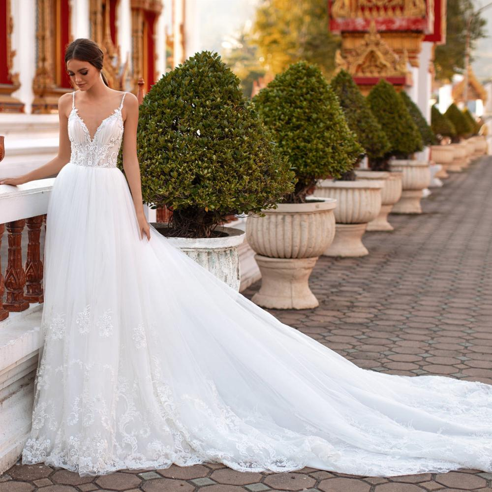 New Arrival Long Wedding Dress 2020 V-neck Sleeveless A-Line Lace Tulle Backless Bridal Gowns Vestido Noiva