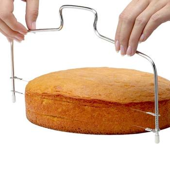 Nowy regulowany ciasto krajalnica ze stali nierdzewnej warstwowa narzędzie do cięcia grubość 2-drut podwójny warstwy ciasto Cutter akcesoria do pieczenia tanie i dobre opinie CN (pochodzenie) Siekacze do ciasta Ekologiczne #aidh928 STAINLESS STEEL Narzędzia do pieczenia i cukiernicze CE UE
