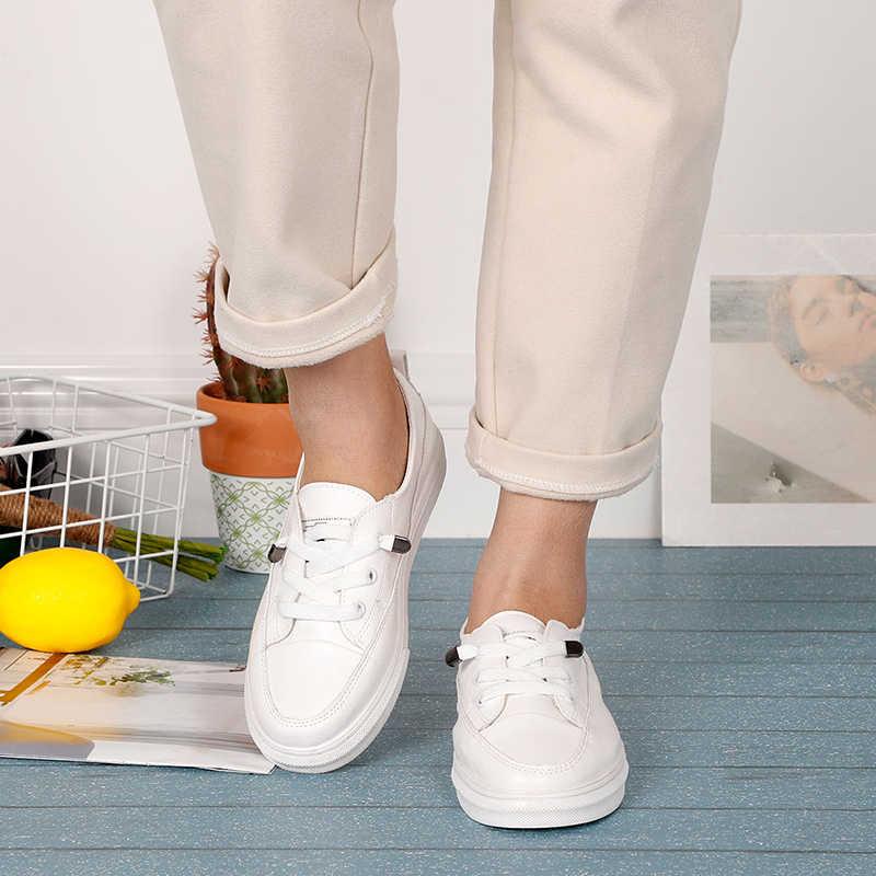 Le donne Bianche Appartamenti In Morbida Pelle Pu scarpe Da Ginnastica di Tela Mocassini Comfort Lace Up Casual Primavera Donna Scarpe Vulcanizzate Estate Mocassini