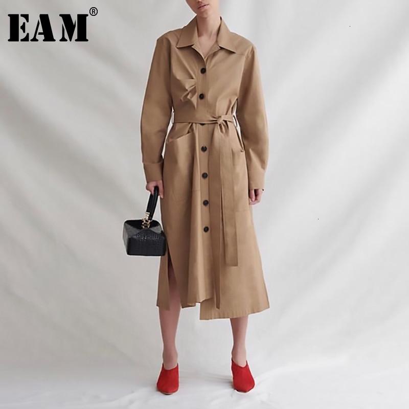 [EAM] Women Khaki Pleated Asymmetrical Trench New Lapel Long Sleeve Loose Fit Windbreaker Fashion Spring Autumn 2020 19A-a198