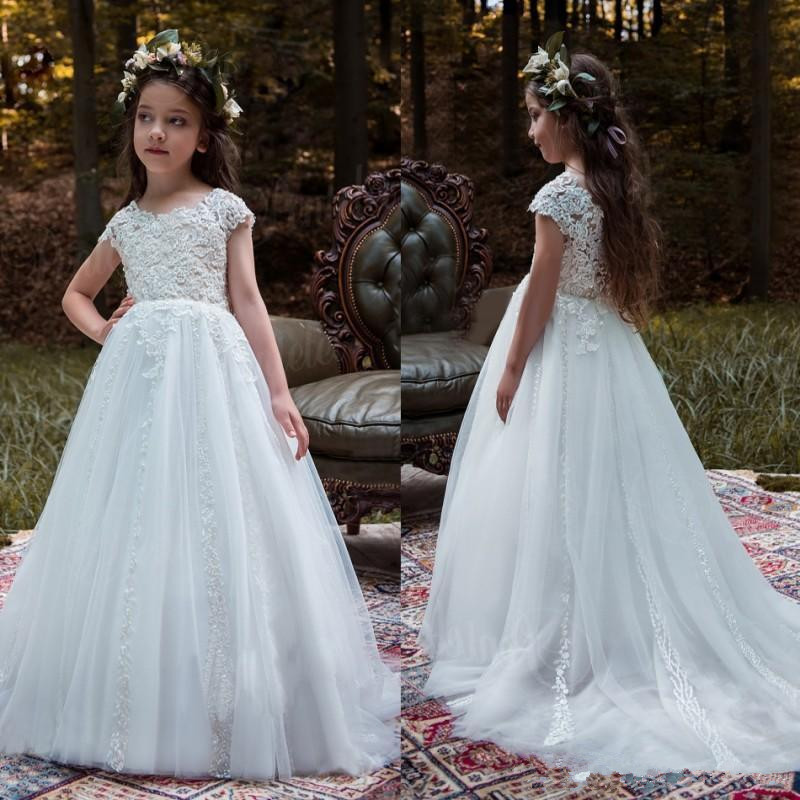 Elegant White Flower Girl Dresses Hand Made Cute First Communion Dresses For Girl With Flowers Beaded Wedding Girls Pageant Gown