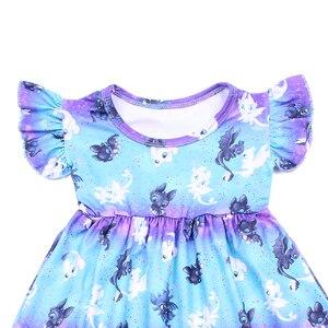 Image 2 - Butik kız karikatür elbise yüksek kaliteli çarpıntı kollu Frocks çocuklar kızlar için bir çizgi mavi mor süt ipek elbiseler çocuklar