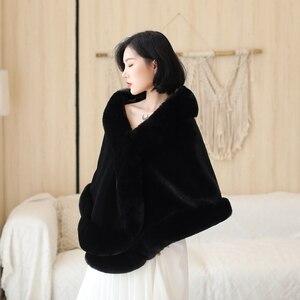Image 3 - Czarny/wino czerwone formalne Party wieczór kurtka Wrap Faux futra ślubne peleryny 2020 nowe zimowe kobiety Bolero okłady zimowe szale w magazynie