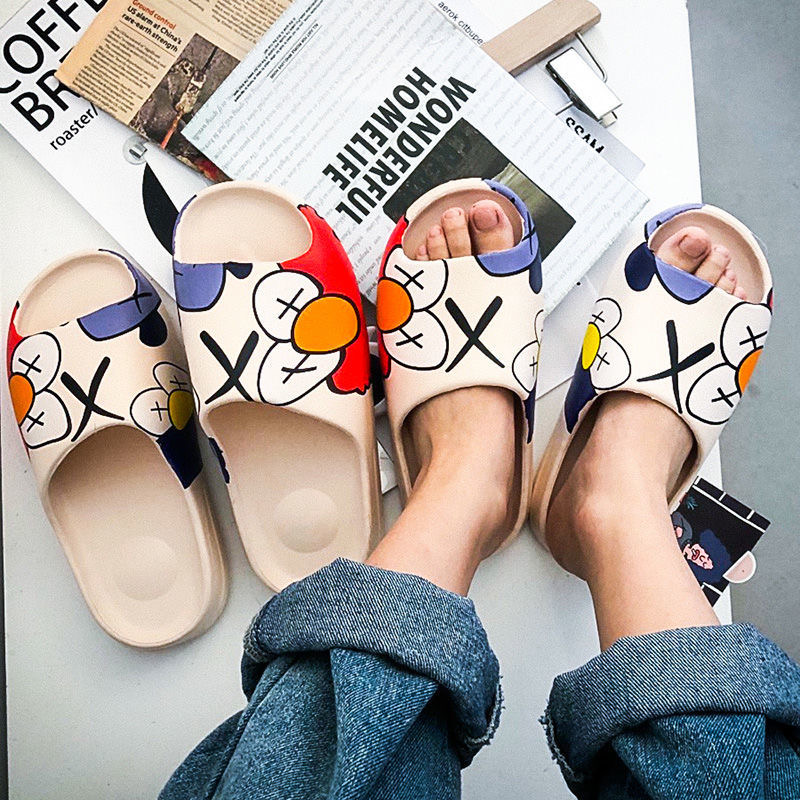 WEH 2020 Luxury brand Slides Men Shoes Slippers Indoor House slippers Graffiti Casual Beach Slipper EVA Quality Cartoon Shoes