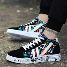 Men Shoes Casual Vulcanized Winter Sneakers Unisex Fashion Graffiti Light Breath