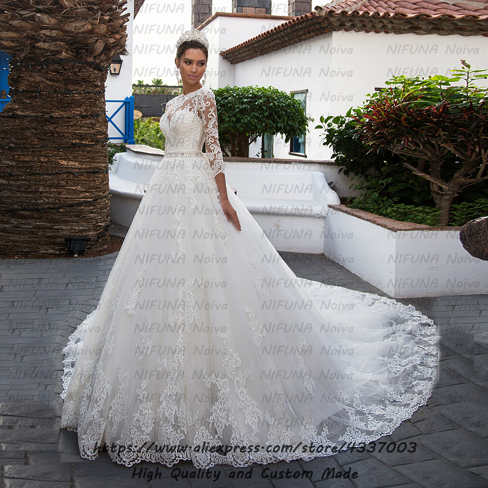 Vestido De Noiva Three Quarter Sleeves Weding Gowns Sexy Bride Dress Vintage Lace Beaded White Wedding Dress 2020 Robe De Mariee