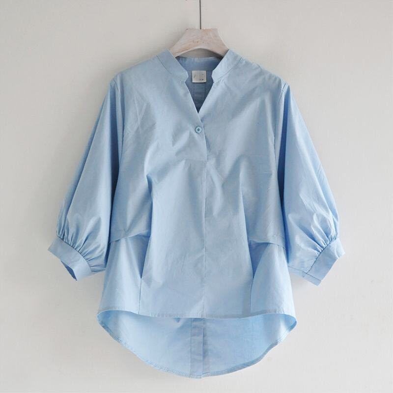 Summer Korea Fashion Women White V-neck Shirt Plus Size Lantern Sleeve Loose Blouses Back Split Button Shirts Ladies Tops D326