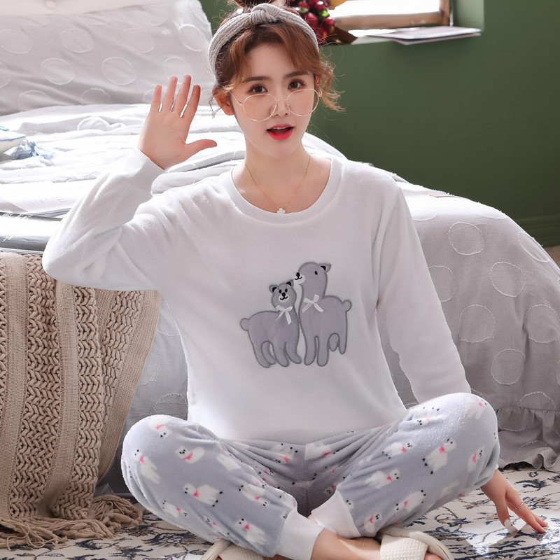 Thick Warm Flannel Cute Cartoon Alpaca Pajama Sets For Women New 2019 Winter Long Sleeve Coral Velvet Sleepwear Homewear