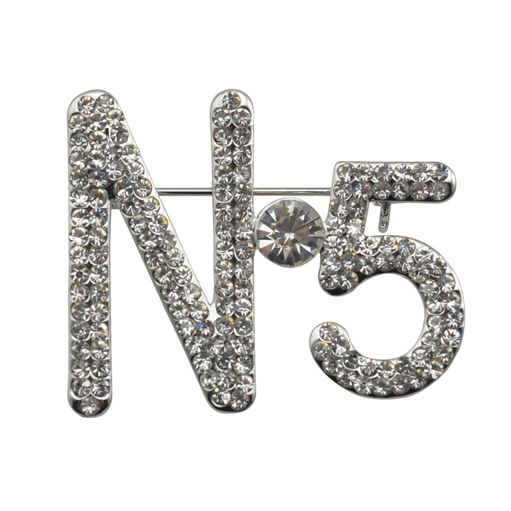 Elegant Charm Female Letter 5 Brooch Big Brand Brooch With Crystal Fashion Jewelry Women Girls Scarf Clips Dresses Accessories