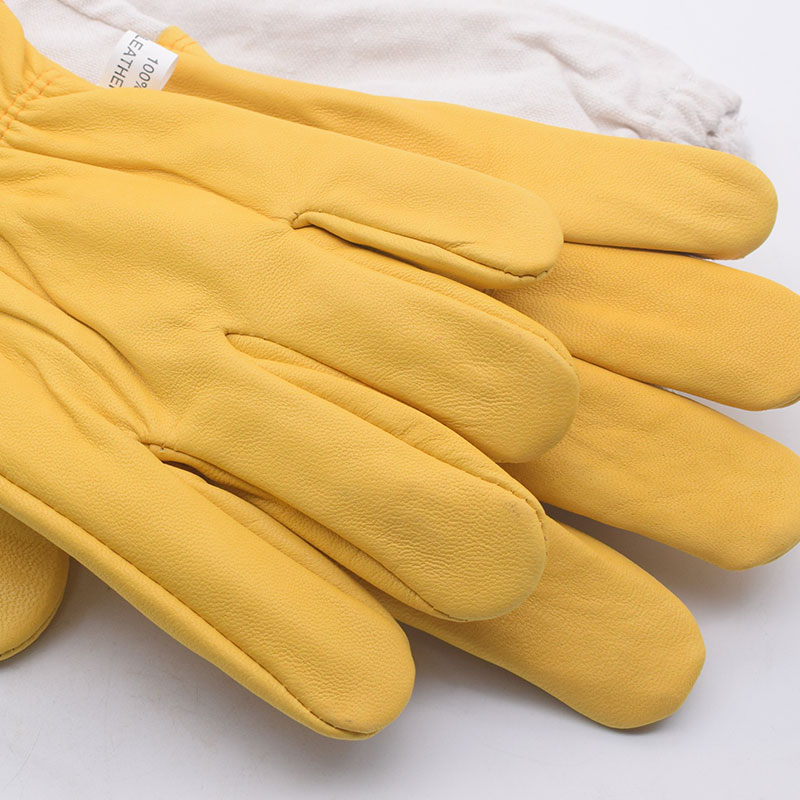 Image 5 - Yellow Gloves Sheepskin Anti Bee Beekeeping Tools For Beekeeper Protective Glove Canvas Beekeeping Equipment Parts 2020NewProtective Clothing Accessories   -