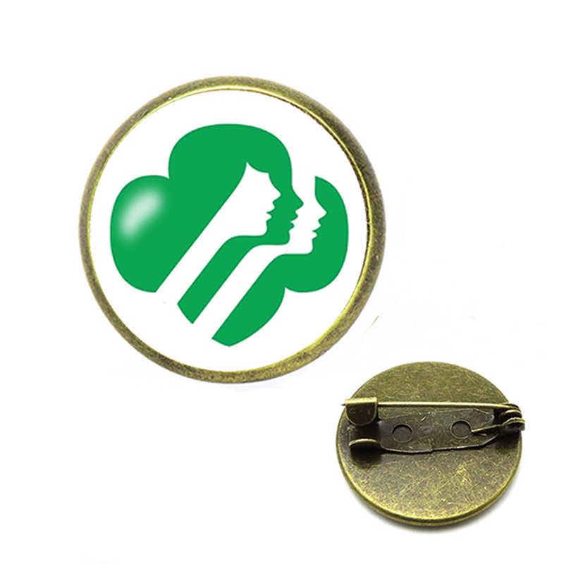 2019 di Modo Della Ragazza Scout Spilla Spilli Cadette Merit Badge Spille Vetro Spille in Cristallo Del Seno Spille Regali Per Bambini Rotonda Dei Monili