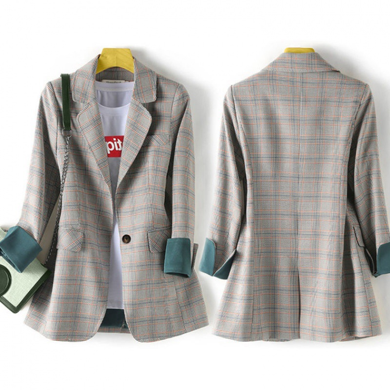 2020 casual checked women's blazer High quality fashionable loose jacket feminine Temperament professional small suit office