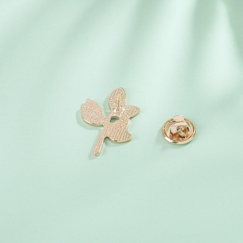 Nieuwe Product Persoonlijkheid Niche Serie Mori Vrouwen Literatuur En Kunst Kleine Verse Groene Blad Tak Broche Pin Accessoires Gift 4