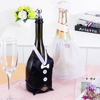 Kreatywne pokrowce na butelki wina panna młoda i pan młody pokrowiec na butelki wina-butelka wina Dress-up na wesela dekoracja na butelkę torba na wino tanie i dobre opinie CN (pochodzenie) Tkanina Bride and Groom Wine Bottle Covers