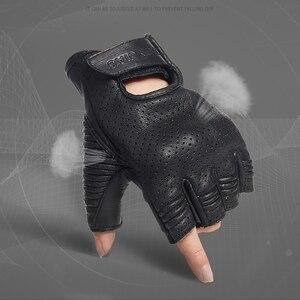 Image 2 - الحديد JIAS الرجعية مثقب قفازات جلدية للدراجات النارية الصيف واقية نصف الاصبع تنفس قفازات السباق دراجة نارية Guantes