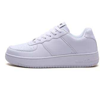 Marka mężczyźni deskorolce buty oddychające męskie trampki Zapatos Hombre na zewnątrz wygodne kobiet Walking buty sportowe tanie i dobre opinie pscownlg Masaż Średnie (b m) Zaawansowane Dla dorosłych Spring2019 Pasuje prawda na wymiar weź swój normalny rozmiar