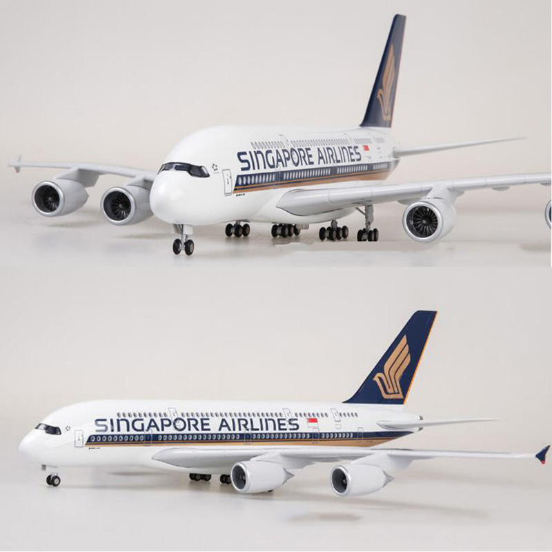1/160 Scale 50.5CM Airline Airbus A380 Singapore Airplane Model W Light and Wheel Diecast Plastic Resin Plane For Collection image