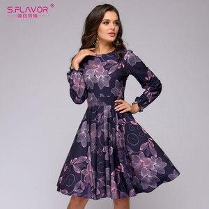 Image 2 - S. FLAVOR kobiety drukowanie sukienka trapezowa elegancki fioletowy kolor z długim rękawem krótka sukienka nowa wiosna lato 2020 vintage vestidos