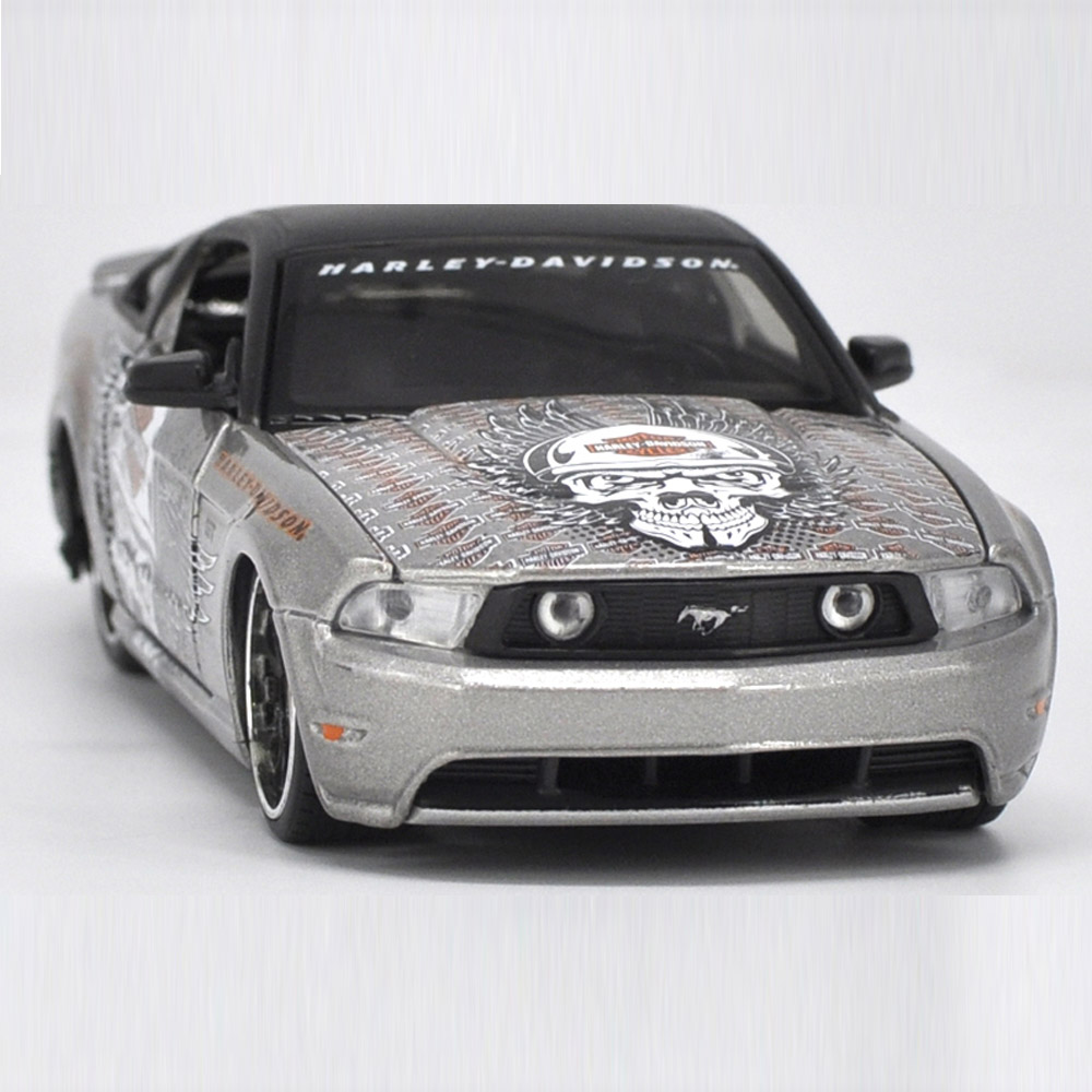 Maisto 1/24 <font><b>1:24</b></font> 2011 <font><b>Ford</b></font> <font><b>Mustang</b></font> GT Harley Edition Sport Racing Car Vehicle Diecast Display Model Toy For Kids Boys Girls image