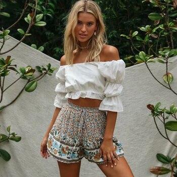 Hippie Summer Beach Wear Floral Printed Shorts High Waist Elastic Vintage Short Feminino 2020 Loose Casual Boho Women Shorts цена 2017