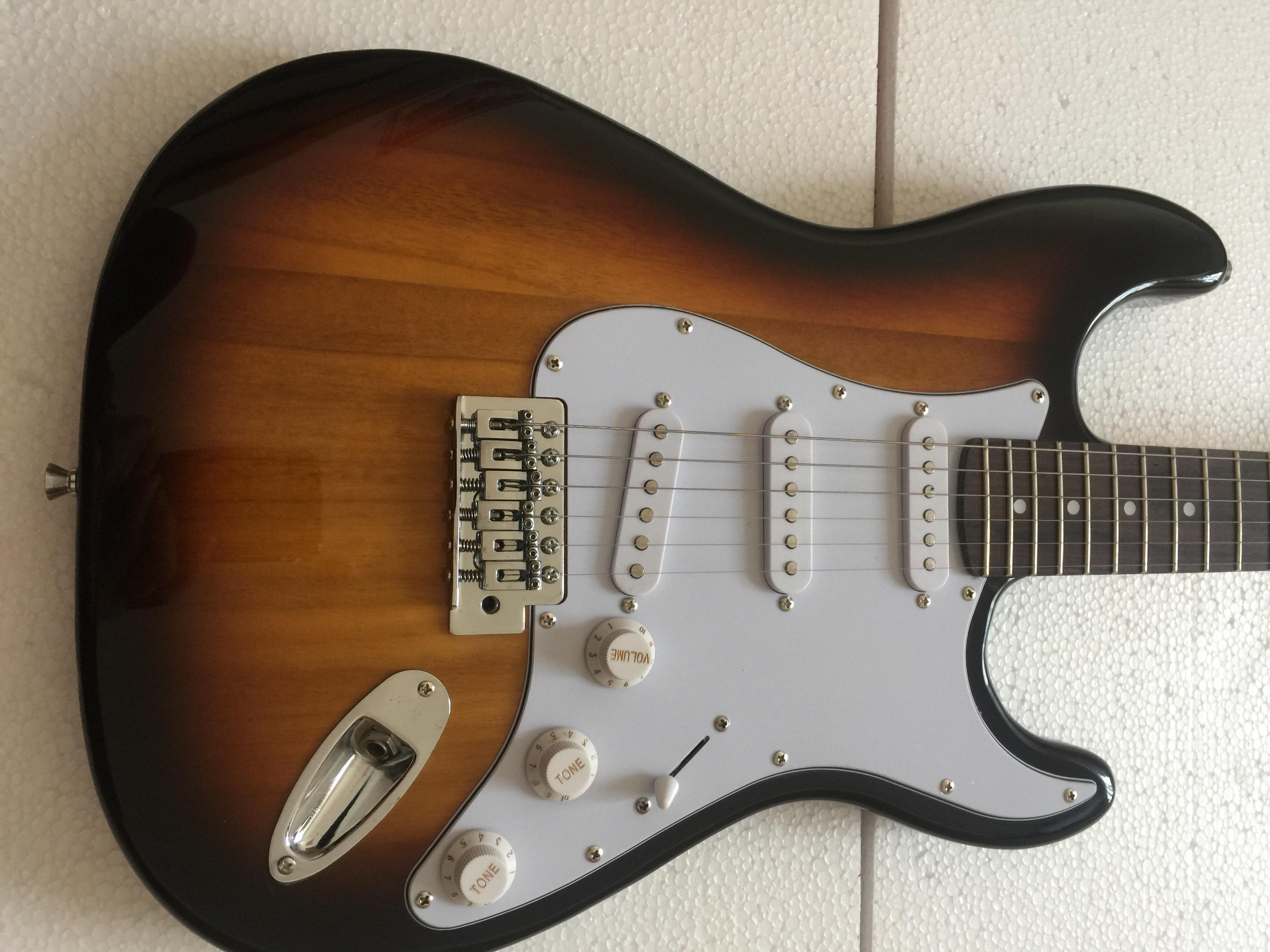 Guitare électrique/coucher de soleil Tung bois haute qualité guitare/Anmiuyue guitare électrique chinoise personnalisable