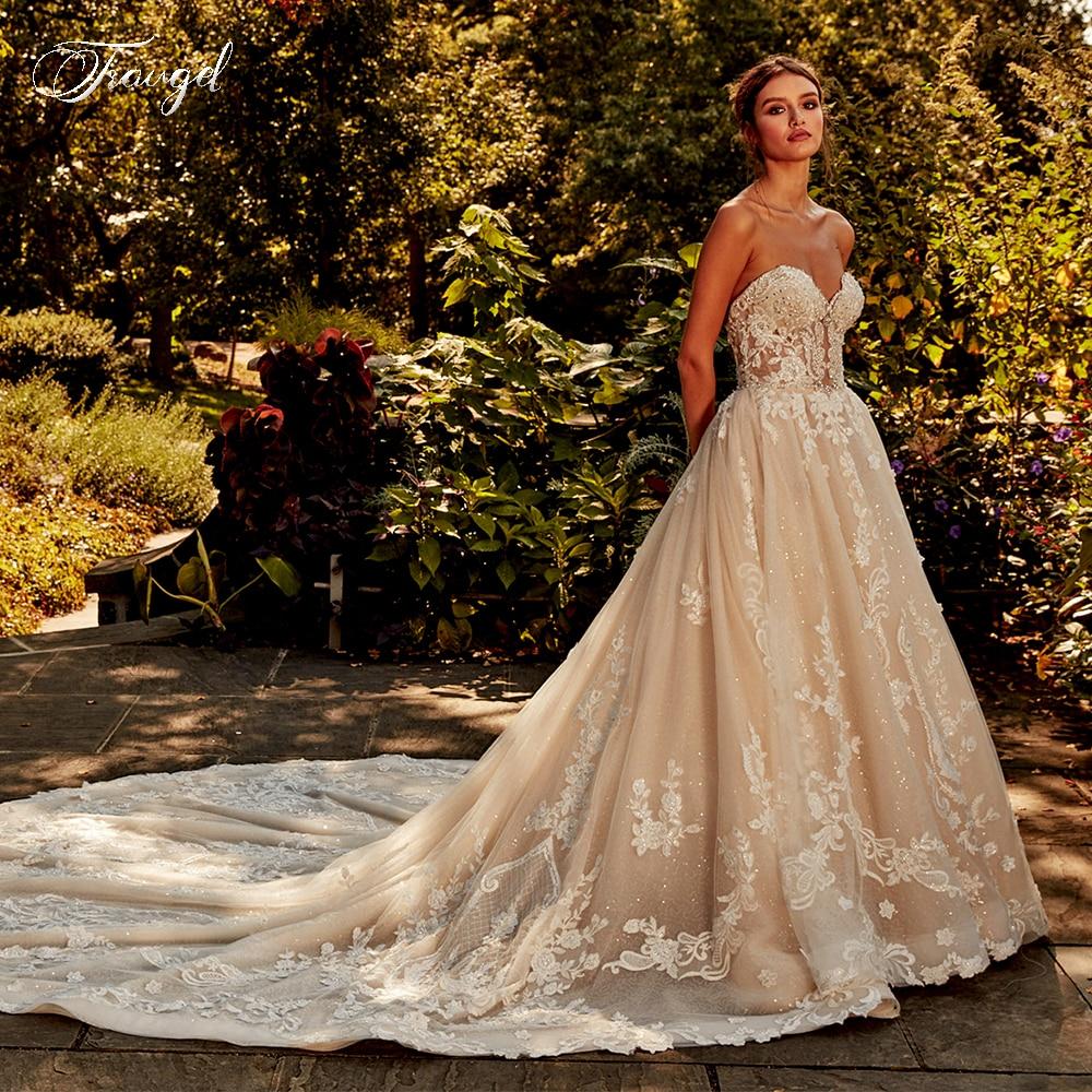 Traugel Sweetheart A Line Lace Wedding Dress Shiny Elegant Applique Beading Sleeveless Backless Long Train Bride Dress Plus Size