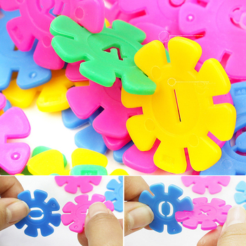 Early Education Children Puzzle Toy Kindergarten Plastic Snowflake Interconnecting Blocks Building And Construction Toys As Gift цена 2017