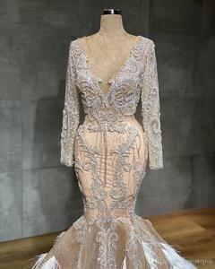 Image 3 - ערבית שמפניה בת ים שמלות כלה עם נוצות סקסי לראות דרך תחרת Appliqued קריסטל חרוזים בתוספת גודל שמלת כלה