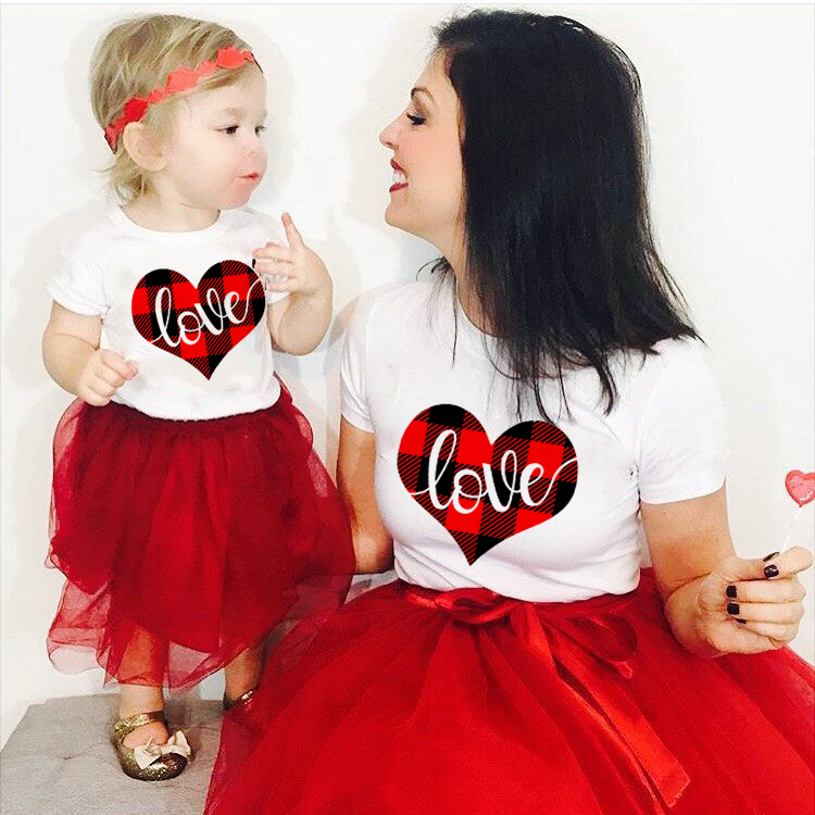 1pcs Mommy + Me Matching Valentine's Day Tee Mother Daughter Valentines Day Matching Outfits Short Sleeve O-neck Shirts