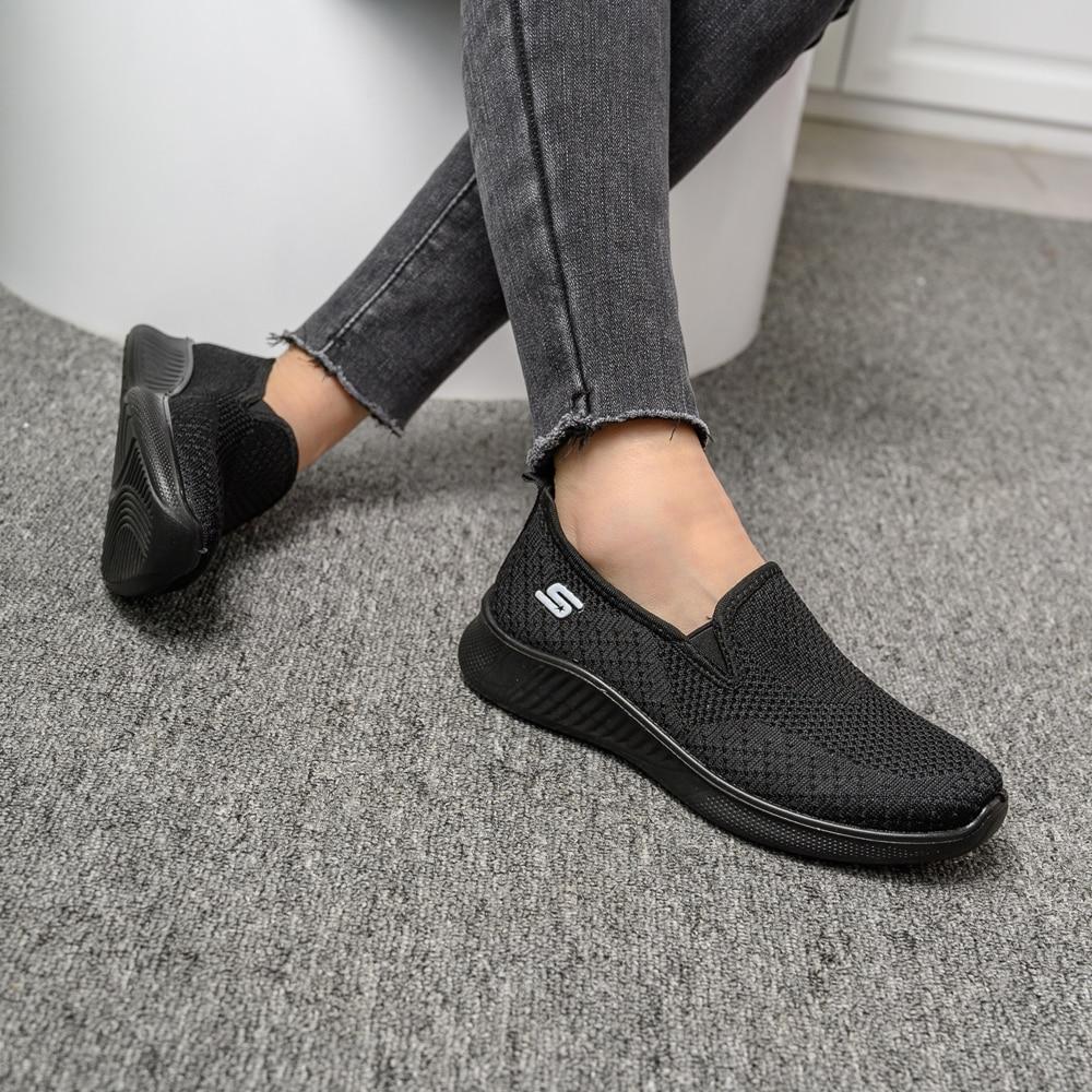 2020 summer women's sneakers slip on soft women's shoes flat casual sock shoes Ladies  Mesh lofaers fashion Vulcanize Shoes 4