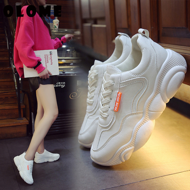 Womens Sneakers New Korean Version With Breathable Bear Bottom old Shoes Super Fire Sports Shoes Female Small White Shoes Women