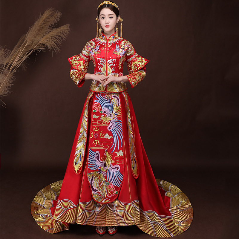 Femmes traditionnel chinois robe de mariée 2018 nouveau rouge Cheongsam robe Vintage Qipao Vestido chine Robes Robes Oriental en gros