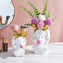 Home Decoration Accessories Figurines Desktop Decoration Makeup Brush Storage Sundries Storage Girlish Room Decoration Girl Gift