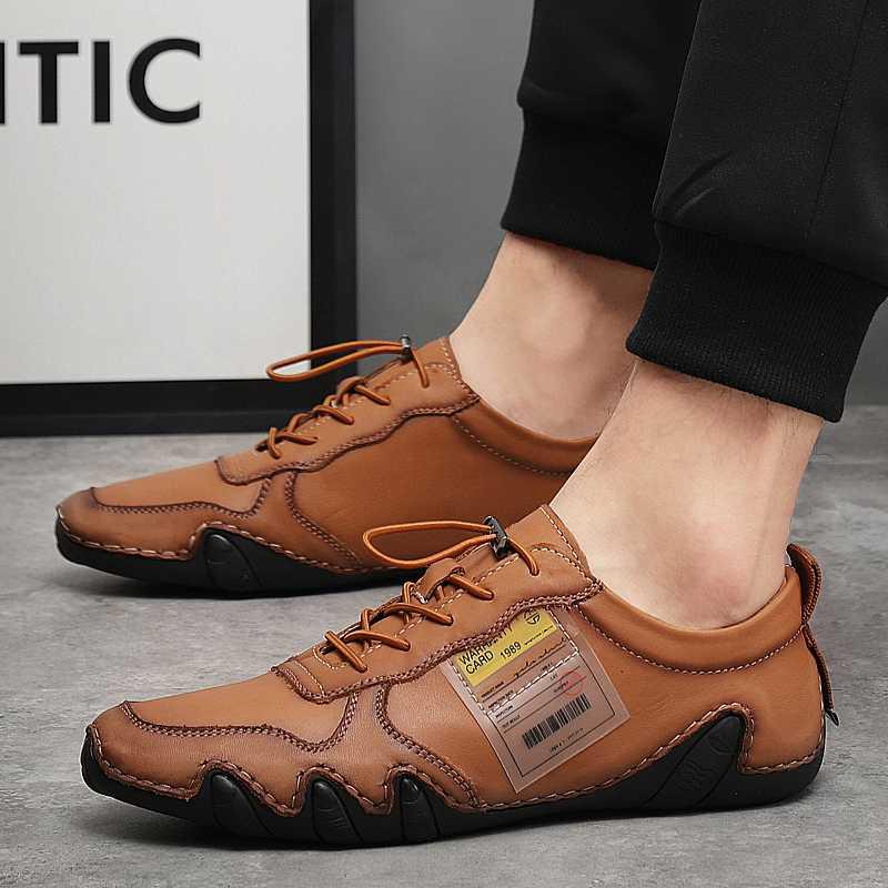 Moda açık Erkekler Hakiki deri ayakkabı Dantel-up deri makosenler Mens Moccasins İtalyan Tasarımcı Flats Ayakkabı Büyük boy 38-47