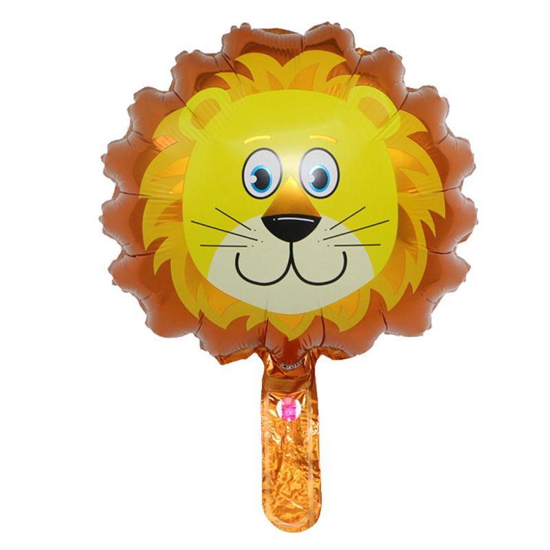 B0483-lion