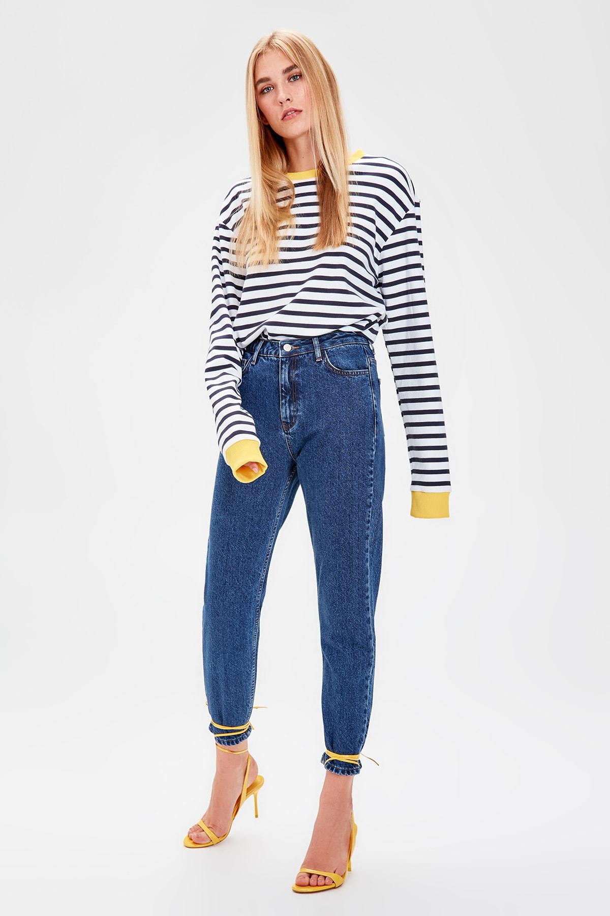 Trendyol Indigo High Bel Mom Jeans TWOAW20JE0129