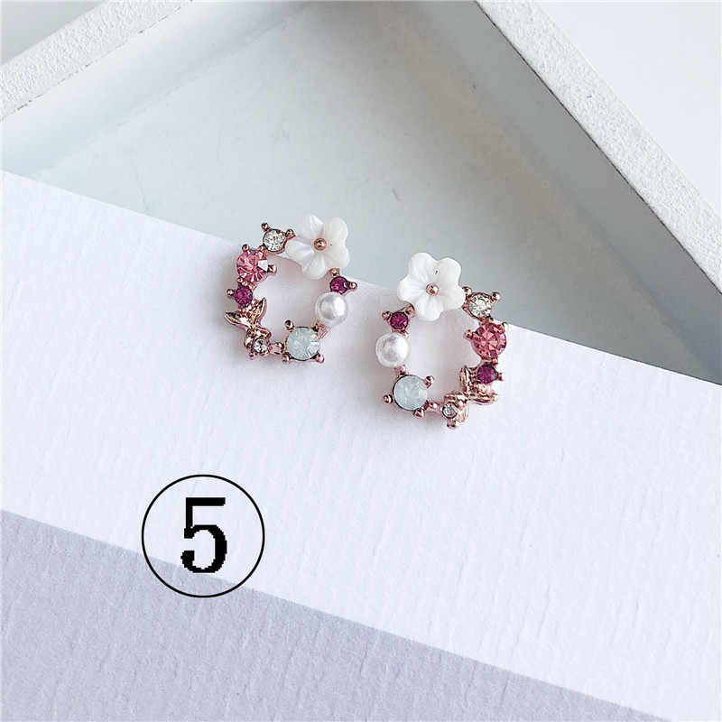 2019 ultimo disegno di marca anello di orecchio orecchini fiore di colore femminile semplici orecchini per le donne