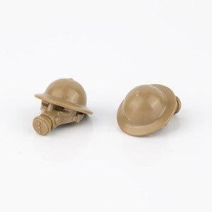 Image 3 - WW2 военные строительные блоки, противогаз, армия, британский солдат, шлемы, медицинские аксессуары, детали, кирпичи WW1, детская игрушка