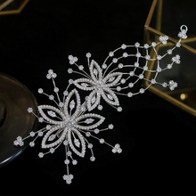 ASNORA wysokiej jakości cyrkonie ślubne na włosy tiara ślubne klip kwiat panie ślubne pałąk akcesoria do włosów diadem dla panny młodej tanie tanio Miedzi Kobiety A00509 Szkielet Klasyczny Barrettes Hairwear Moda Cubic Zirconia Crystal Tiara Wedding Tiara Bridal Tiara Princess Tiara